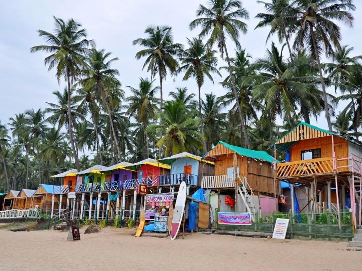 https://www.indiatimes.com/news/india/vaccination-more-covid-19-relaxations-give-renewed-hope-for-goa-tourism-sector-549246.html