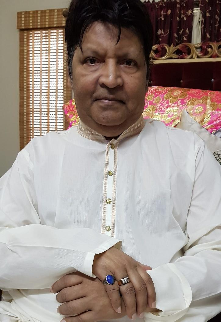 Pakistani Comedian Omer Sharif Critically Ill, Family Wants To Take Him USA For Urgent Medical Attention