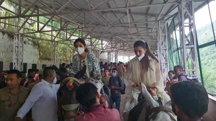 Shilpa Shetty Visits Vaishno Devi As Chargesheet Filed Against Husband Raj Kundra