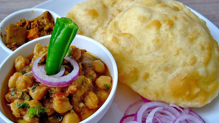 5 Best Places That Serve Incredible Chole Bhature In Delhi