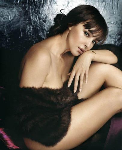 5 31 Monica Belluccis Hottest Picturesmonicas