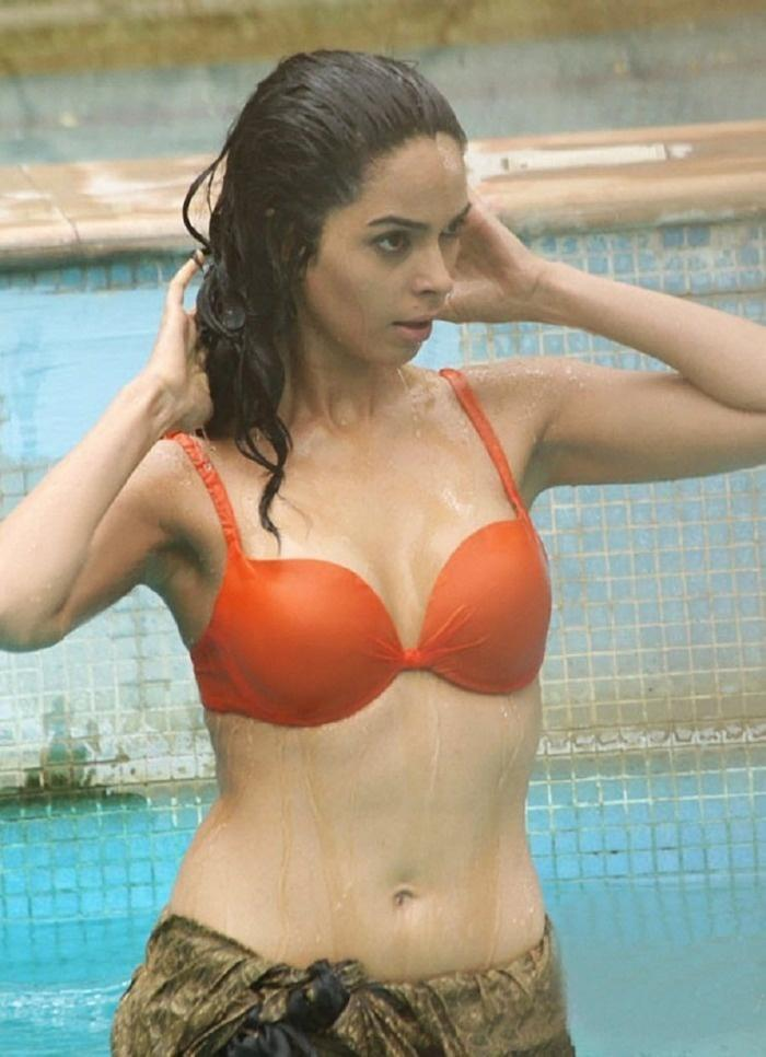 Mallika SherawatMallika Sherawat poses for a photoshoot. SHARE. 5 60 abf9d4806
