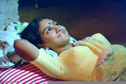 Hot Malayalam Actresses 1 12