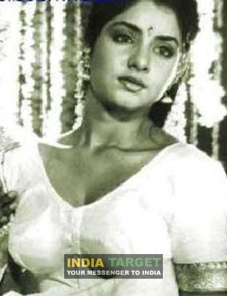 Remembering Divya Bharti - Indiatimescom-6634