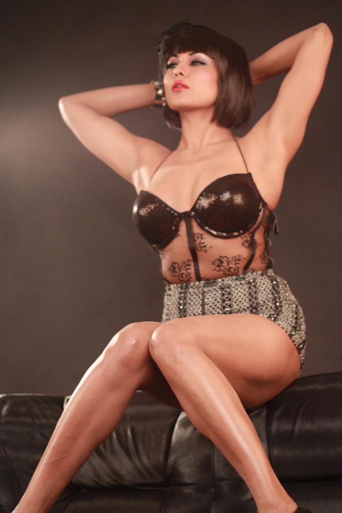 Veena Maliks Controversial Life - Indiatimescom-8063