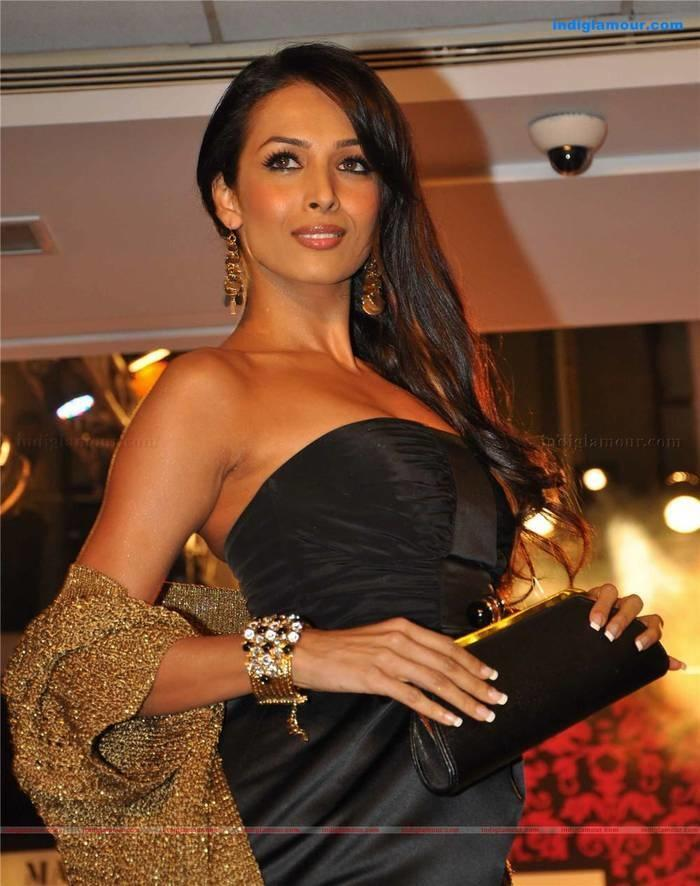 Malika Hot Sexy Image