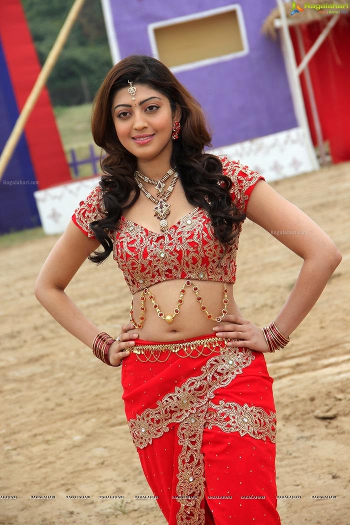 Beautiful Women - Navel Show - Indiatimescom-5458
