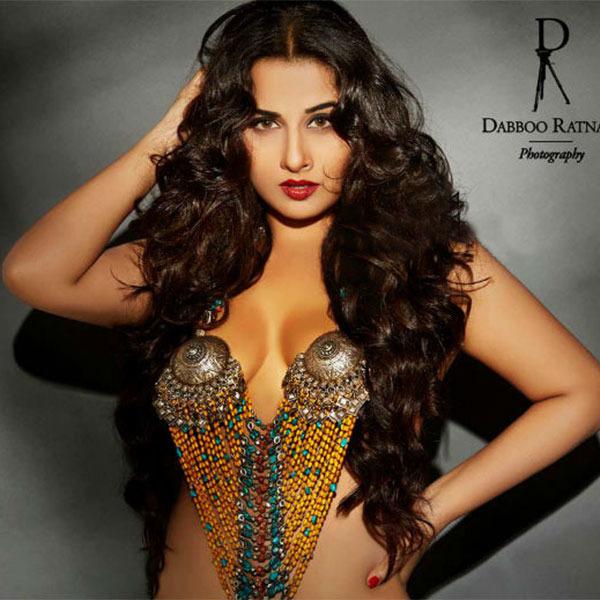 Vidya Balan Hot Photos-2426