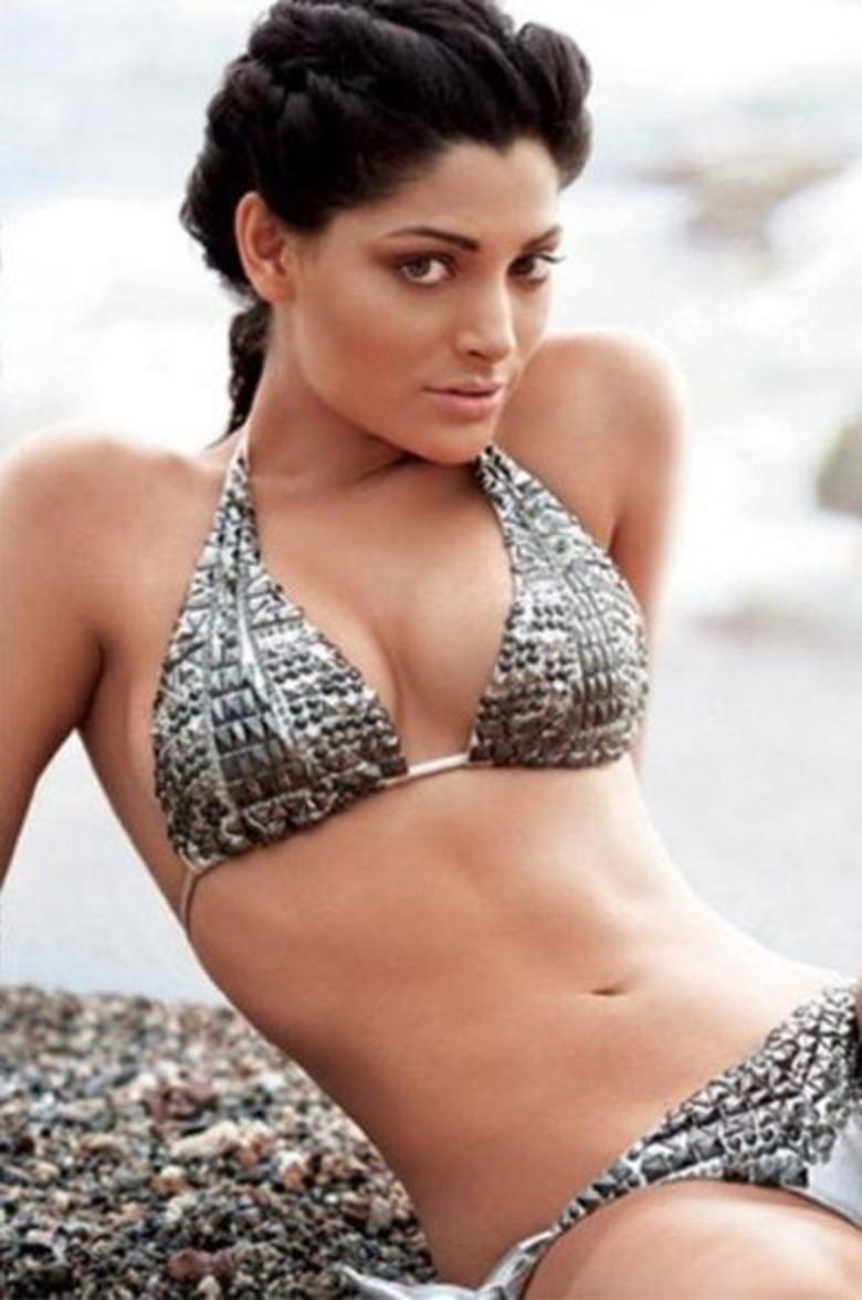 Saiyami Kher Hot Photos Photos