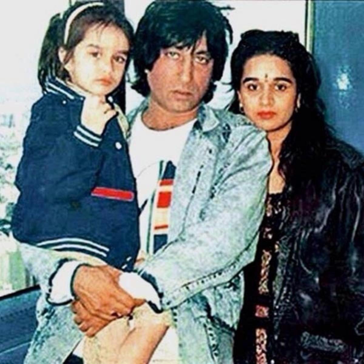 Shakti Kapoor & Family's Biggest Controversies Photos