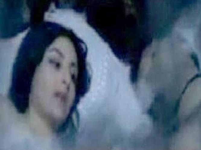Soha Ali Khan Waxing MMS Leaked