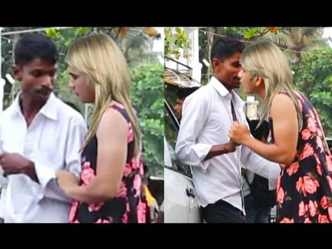 Guys kissing guys videos