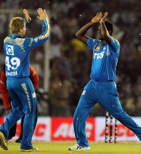 Lankan all rounder Mathews ready to bowl in IPL