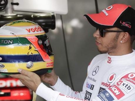 Hamilton fastest in first Bahrain practice