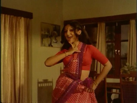 Sharmila Tagore in Mausam