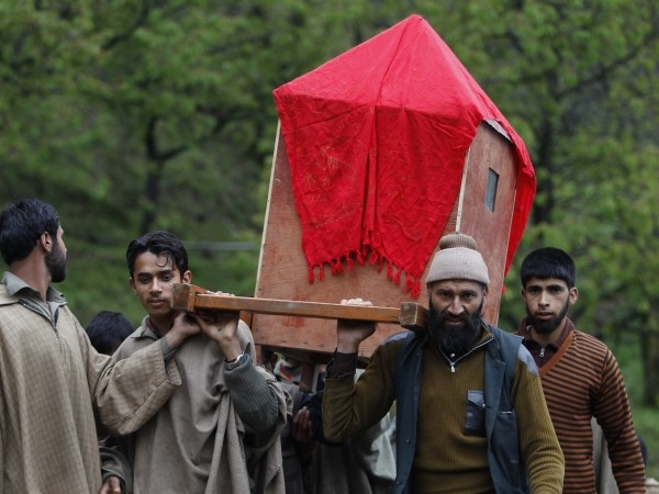 Palanquin Bearers To Ferry Patients In Himachal