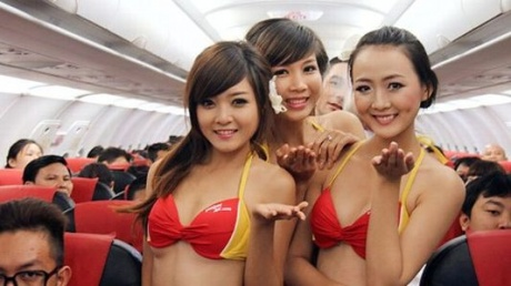 Airline fined for inflight bikini show