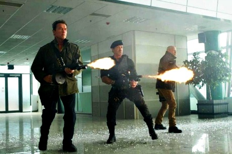 Arnold Schwarzenegger and Sylvester Stallone in The Expendables 2