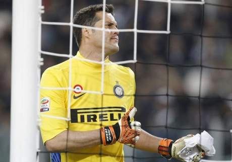 QPR keen to sign Brazil's Julio Cesar: Reports