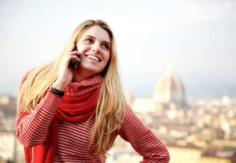 Aussies spend 32,000 years a year chatting on the phone