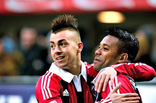 Milan Hoping to Keep Robinho or Pato