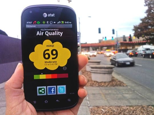 Portable Sensors to Detect Air Pollution on Smartphones