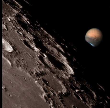 Moon and Mars to cozy up tonight