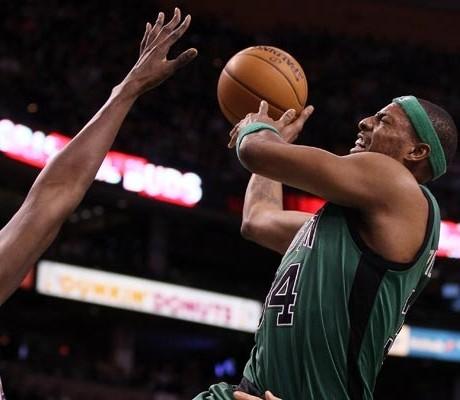 Magic tricked by big Celtics fightback