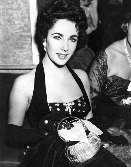 Liz Taylor's painting fetches $2 million in US