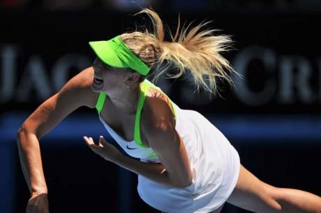 Sharapova into 3rd round in Australia