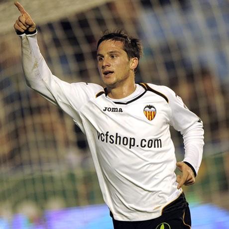 Valencia's Piatti helps secure King's Cup semi with Barca