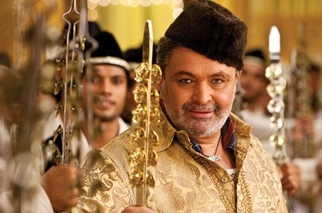 Rishi Kapoor who plays a baddie in the film was a goodie on the sets
