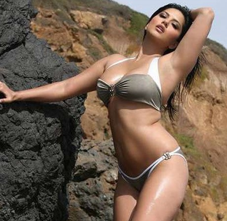 Sunny Leone to bare it all for 'Jism 2'
