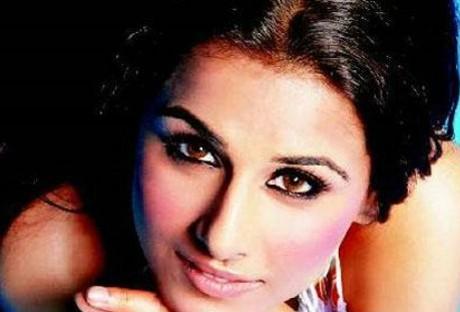Playing pregnant woman was a cakewalk: Vidya