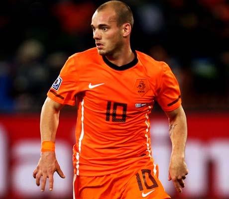 Sneijder back to boost Inter in Milan derby