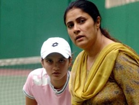 why Sania's mother appointed as manager