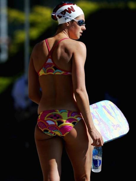 Stephanie Rice tweets yet another skimpy bikini pic