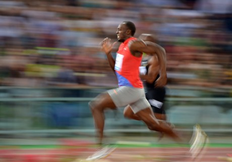 Bolt targets breaking own world-record at Olympics