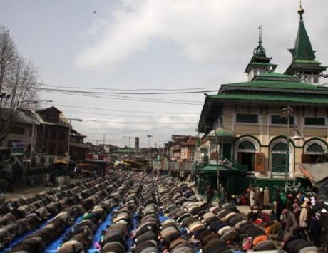 Peer Dastgeer Sahib shrine