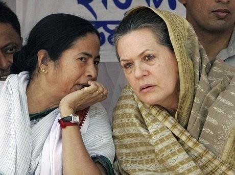 Mamata Banerjee with Sonia Gandhi