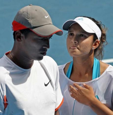 Bhupathi-Sania crash out of Wimbledon