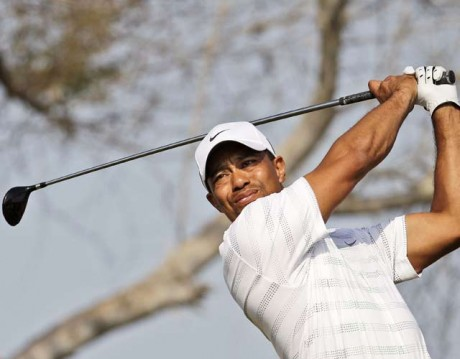 Woods, Mickelson deliver drama early at US Open