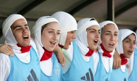 Women to wear hijab