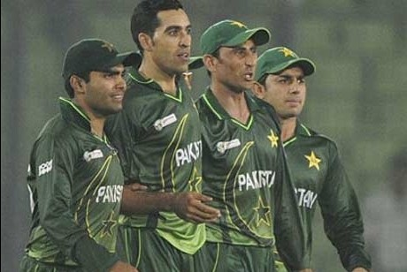 Gul wins Asia Cup opener for Pakistan