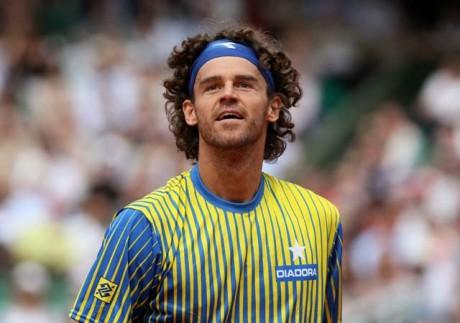Brazil's Kuerten enters tennis Hall of Fame