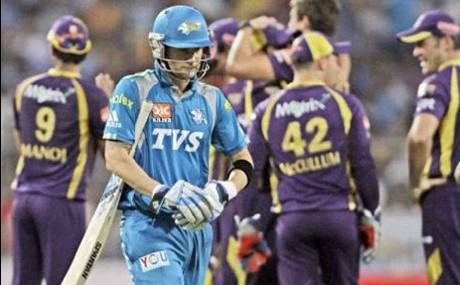 Kolkata Knight Riders hold nerve to beat Pune Warriors by 7 runs