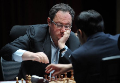 Wife backs Gelfand to win against Anand