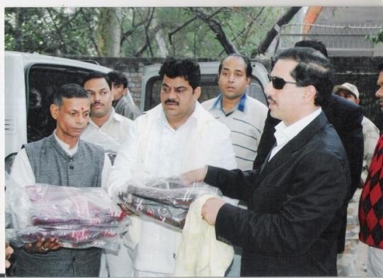 Did Congress Send Protestors to Arvind Kejriwal's Press Meet?