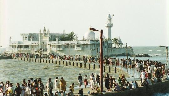 Mumbai's Haji Ali Bans Entry of Women