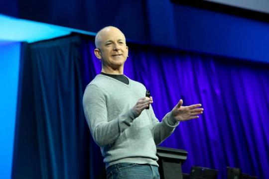 SHOCKING: Microsoft's Windows Head Quits